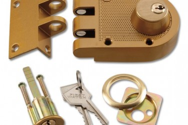Joes Lock and Key offers a deadbolt  lock and key units for residential and apartment buildings